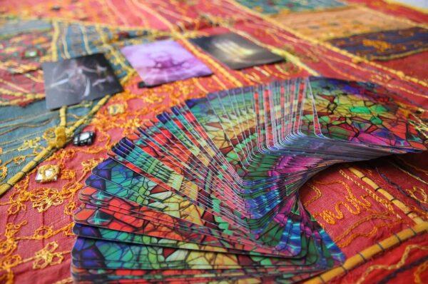Love Tarot card Readings