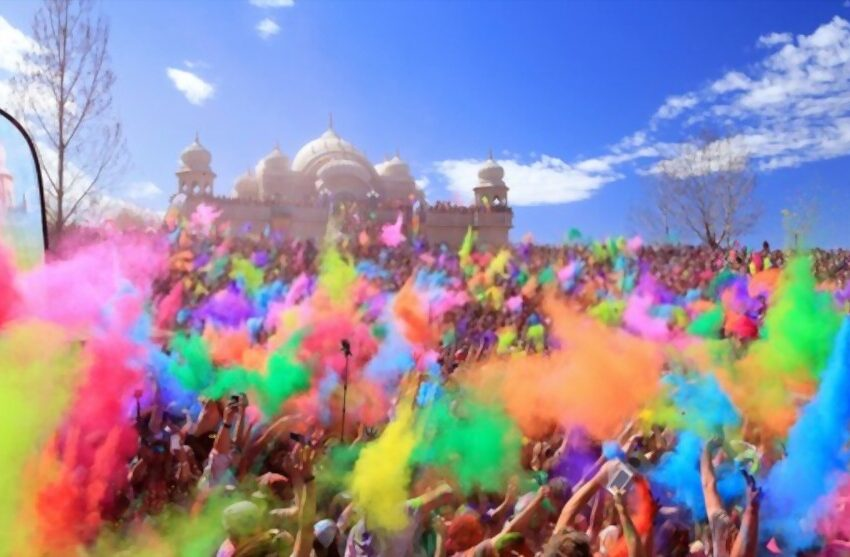 5 Cities Hosting The Best Holi Celebrations In India