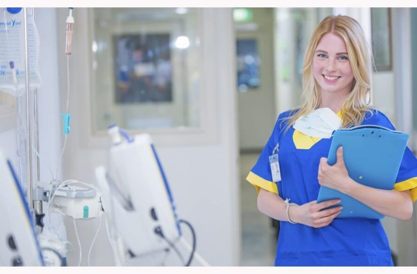 7 Reasons Why you Should Become a Nurse in 2021